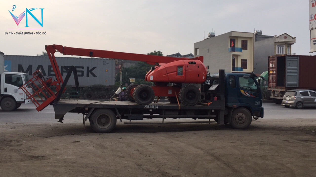 xe-nang-nguoi-boom-lift-chinh-hang