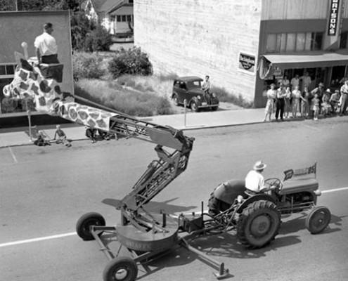 Lịch sử xe nâng người